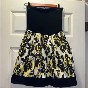 A Pea in the Pod Collection Floral skirt